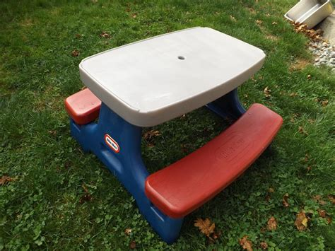 little tikes picnic bench little tikes toys childrens play picnic table ages 2 4