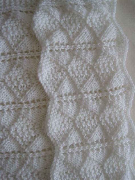 sweet baby blankets to knit 29 blankets to knit books 1000 ideas about knitting baby blankets on