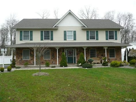 11 tramquill ave valley cottage ny 10989 realtor com 174