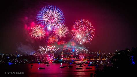 sydney harbour  years fireworks distan bach photography blog