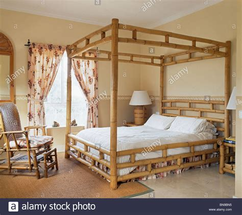 The Chair In Spanish bamboo four poster bed and chair in spanish bedroom floral