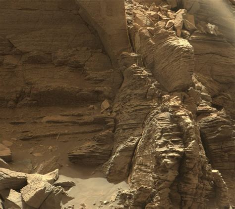 Are From Mars stunning new images of mars from the curiosity rover universe today