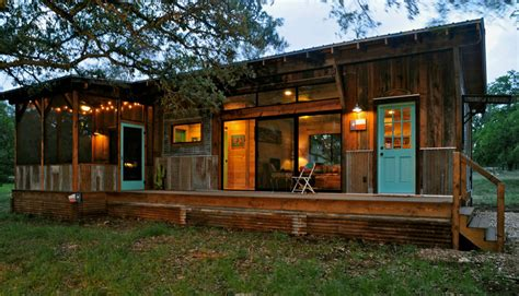 Tiny House Swoon by La Arboleda Tiny House Swoon