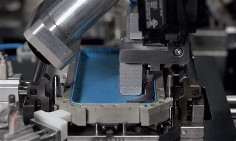 apple iphone production process apple s iphone 5c uses unique design precision
