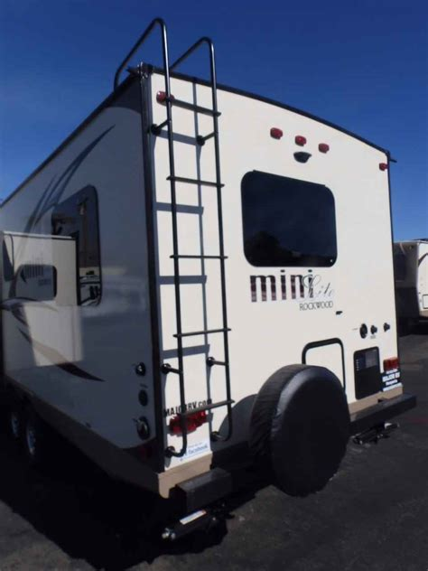 travel trailers front kitchen rear bedroom 2017 new rockwood 2506s 1 slide front kitchen rear bedroom travel trailer in