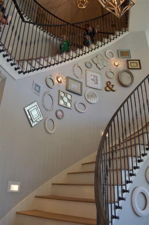 wallpaper untuk anak tangga delapan cara kreatif mendekorasi tangga rumah dan gaya