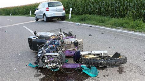 Motorrad Unfall Tod by Unfall Zwischen Arnbach Und Erdweg Motorrad Rammt Auto