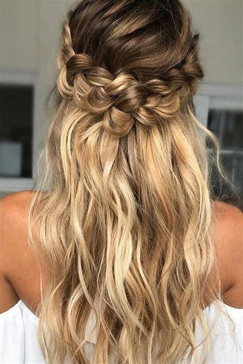Half Up Half Wedding Hairstyles Diy by Best 25 Braided Half Up Ideas On Braid Half