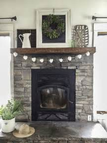 farmhouse fireplace mantel best 25 farmhouse fireplace ideas on