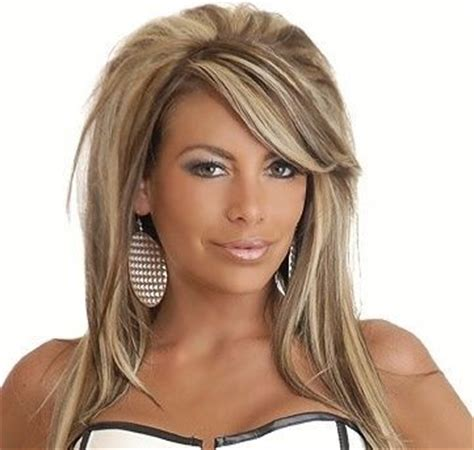 caramel and platinum hair color platinum blonde with caramel highlights blonde hair with
