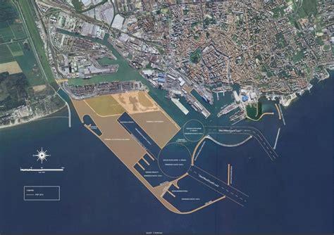 porto livorno nuovo progetto per la darsena europa il porto di livorno
