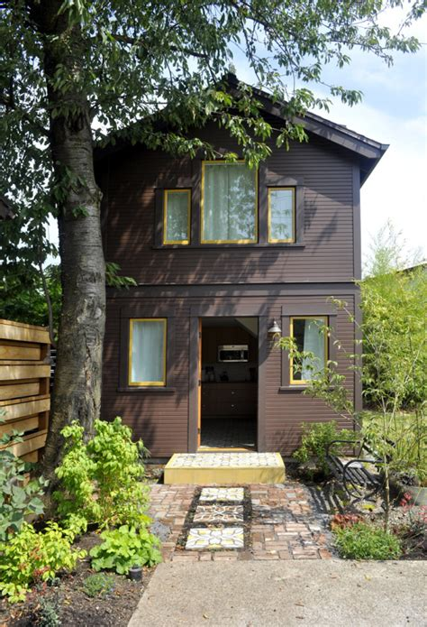 Portland Cottages by Compact Guest Cottage In Portland Dyer Studio Small