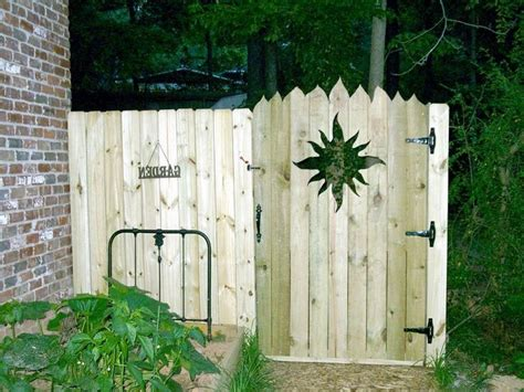inexpensive privacy fence gate ideas http lanewstalk