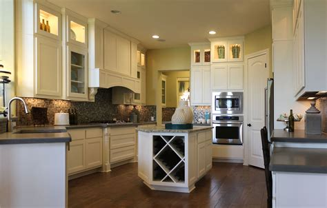 Timeless Kitchen Cabinet Colors Which Cabinet Designs Are Timeless Taylorcraft Cabinet