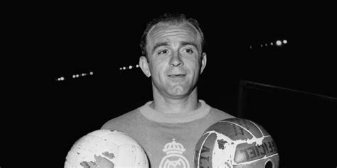di stfano alfredo di stefano real madrid great dies aged 88 huffpost uk
