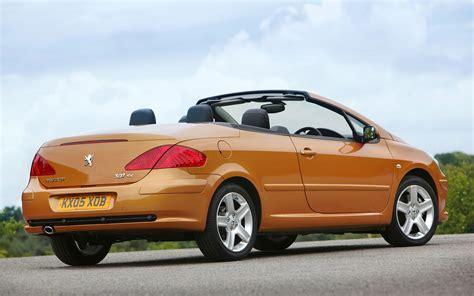 cabriolet peugeot peugeot 307 coup 233 cabriolet review 2003 2008 parkers