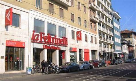 libreria feltrinelli piazza piemonte zona 7 baggio de angeli negozi a