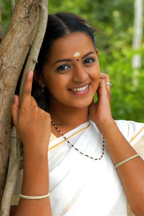 serial actress bhavana age bhavana early age face tamil actress photos pictures