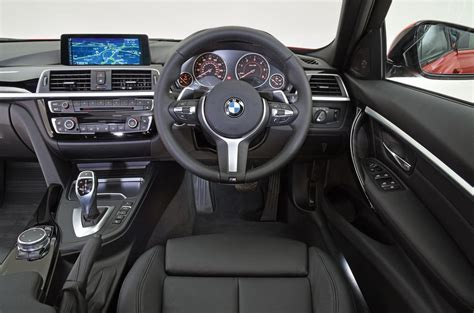 bmw 3 series dashboard bmw 3 series review 2018 autocar