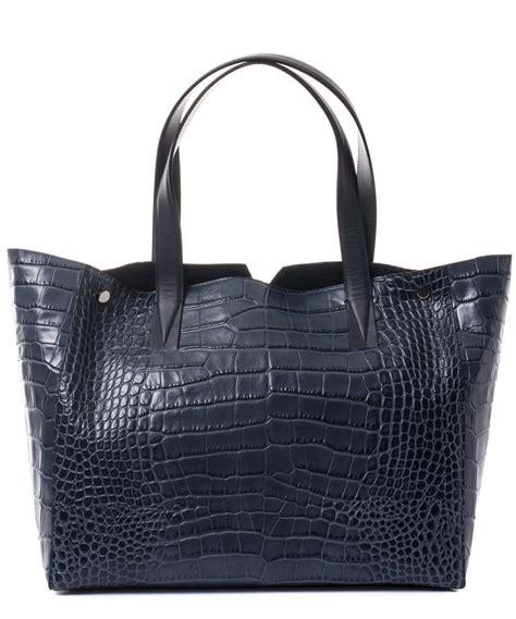 Bag Tote Navy lyst vince medium navy croc embossed leather tote bag in blue