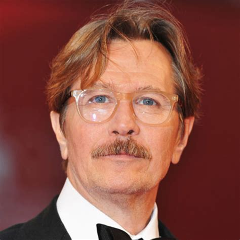 gary oldman actor gary oldman actor director biography