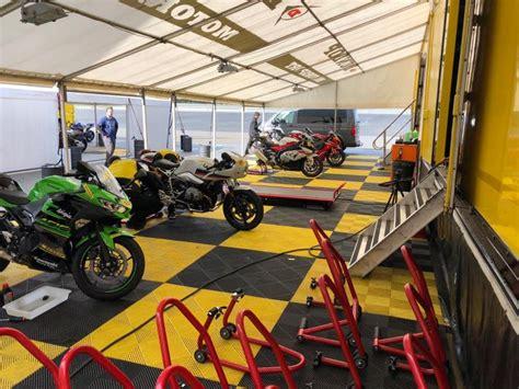 test gomme moto test gomme moto dunlop sportsmart tt 2018 la prova di
