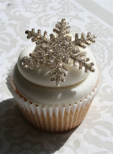 Winter Cupcakes Decorating Ideas by Snowflake Cupcake Happy Holidays