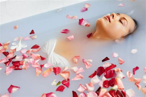 flower bathtub therapeutic benefits of mineral baths backed by science merkaela