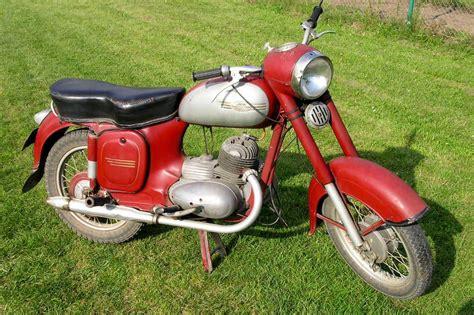 Motorrad Jawa 125 by Jawa 125