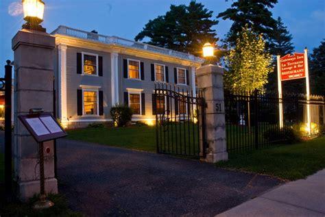 Intimate Wedding Venue In Lenox Ma The Gateways Inn