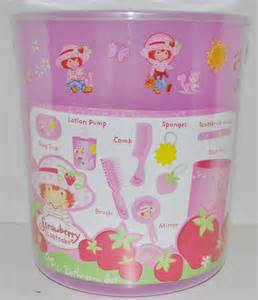 strawberry shortcake bathroom set new strawberry shortcake 9pc bathroom bath set ebay