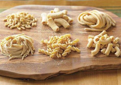 Antichi Sapori: la pasta fresca fatta a mano come una volta