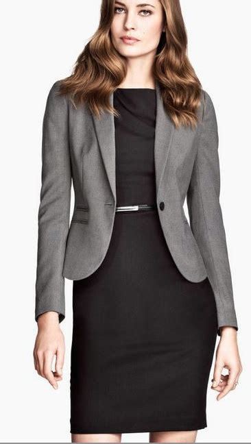 7 Office Wear No Nos by Professional Work Simple But Sleek Work Clothes