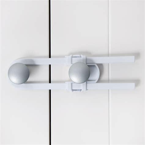 comment ouvrir une porte de chambre bloqu馥 bloque placard glissi 232 re blanc de aubert concept s 233 curit 233