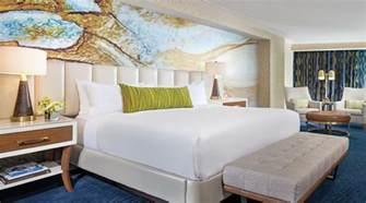 mandalay bay bedroom suite bay king mandalay bay