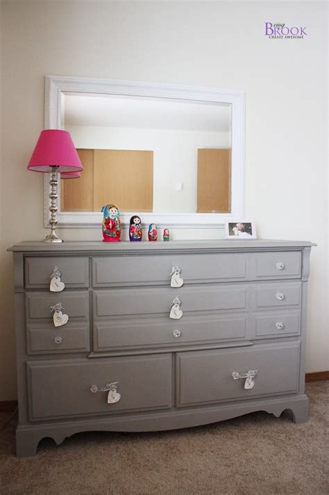 i this grey dresser painted with sloan chalk paint color linen furniture to