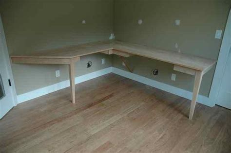 How To Build A Corner Computer Desk Pdf Plans Built In Corner Computer Desk Plans Free Plans For A Tv Stand Woodworking