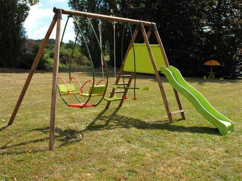 portique balancoire toboggan balancoire en bois pas cher ides id 233 es de maisons
