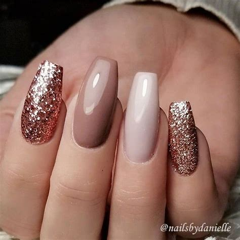 Nägel Mit Gold by Pin By Mis Beahaving On Nails Nail Pictures