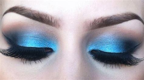 Gold Smokey Eye Makeup For Blue Eyes   Top Pakistan