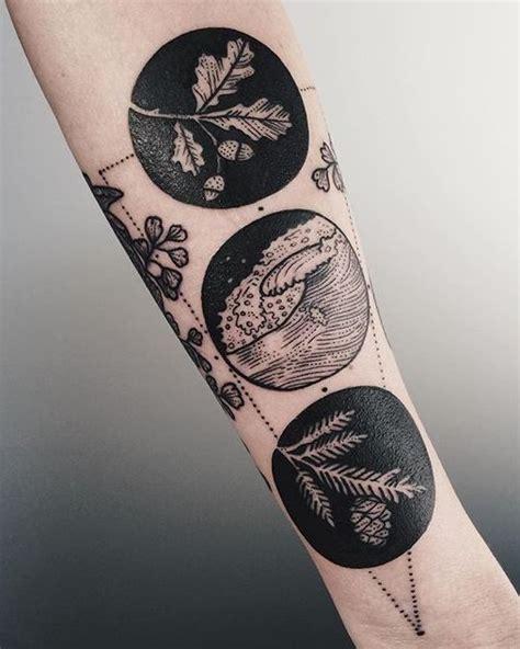 solid black tattoo best 25 solid black ideas on
