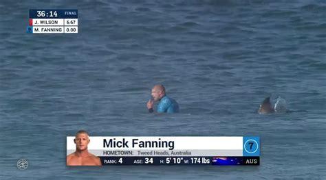 are sharks color blind shark attacks mick fanning at j bay open finals 171 twistedsifter