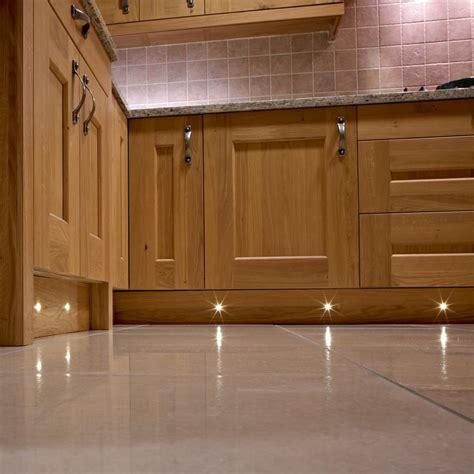 Kitchen Plinth Lights Puro 4 X 15mm Led Plinth Light Pack