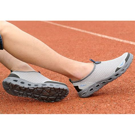 sepatu slip on sport pria size 44 gray jakartanotebook