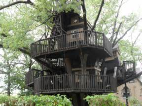 coolest treehouses world s best treehouse by mihawk fan on deviantart