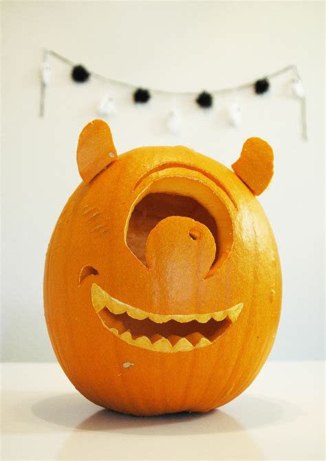 mike wazowski pumpkin template mike wazowski pumpkin mike