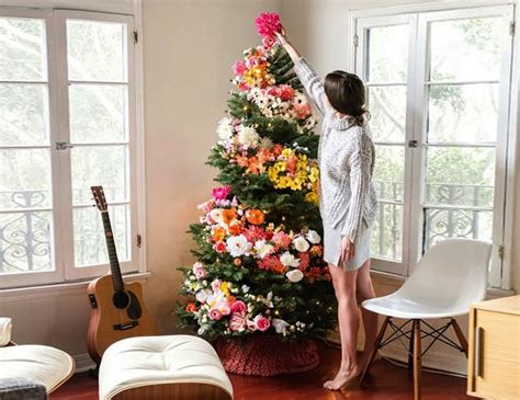 Hiasan Bunga Natal cara desain intip dekorasi pohon natal dengan hiasan