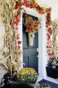 how to decorate your home for fall decorating your front door for fall homes com