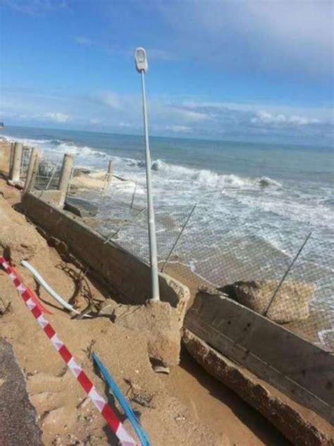 roma porto recanati i danni della mareggiata a porto recanati il messaggero it