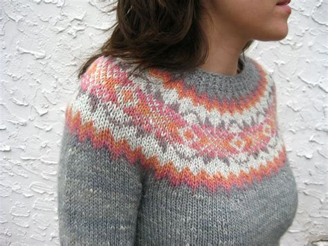 modern knitting in praise of vintage modern knits and a giveaway